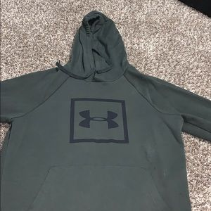 Green underarmor hoodie